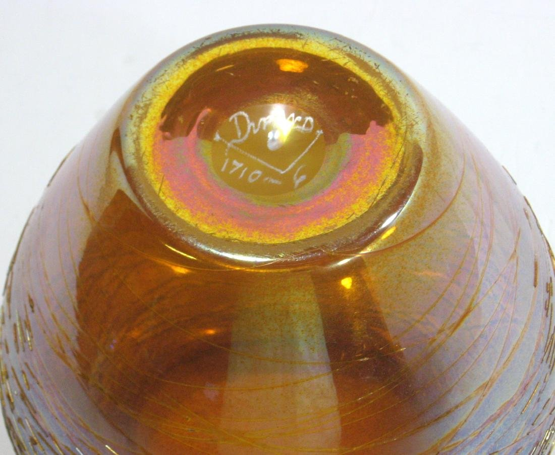 Durand iridescent gold threaded vase, - 4