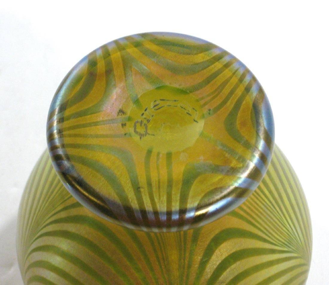 Quezal decorated glass vase - 4