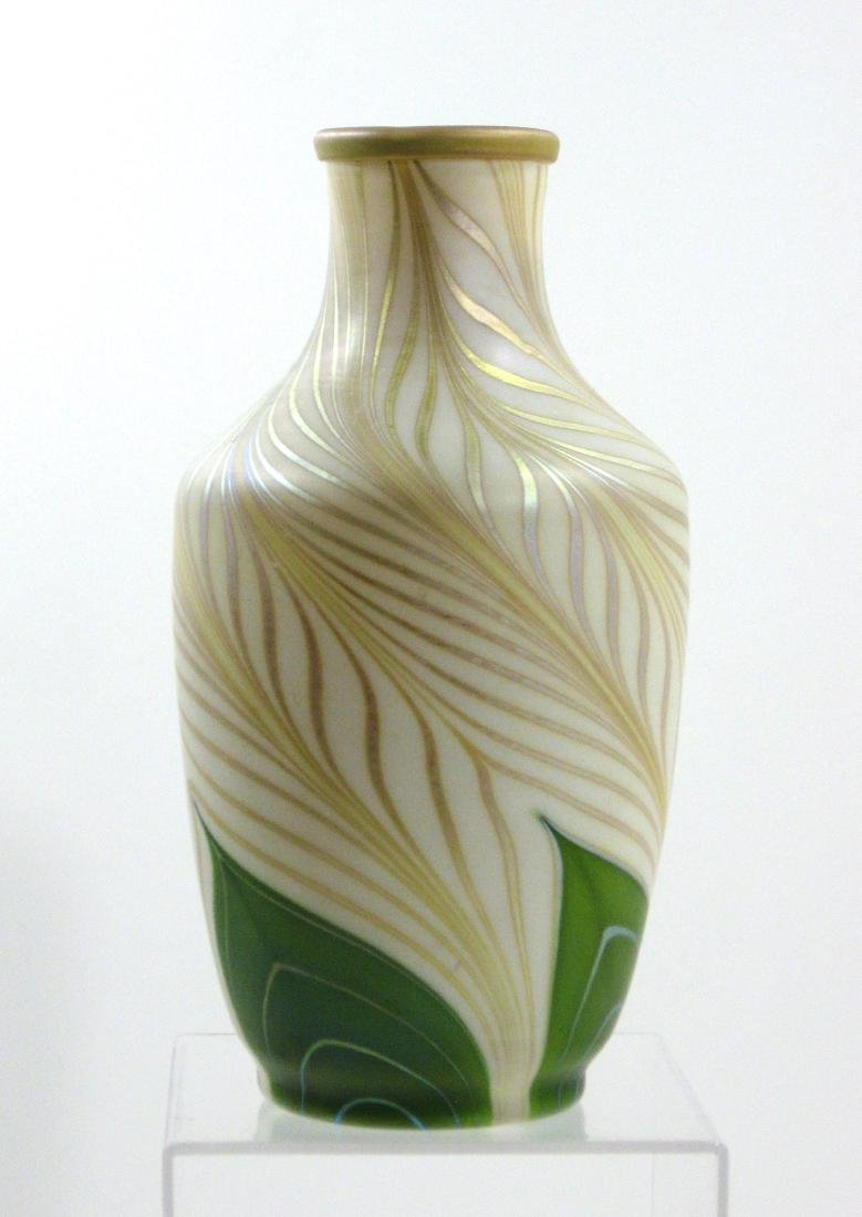 Steuben green Aurene glass vase - 4