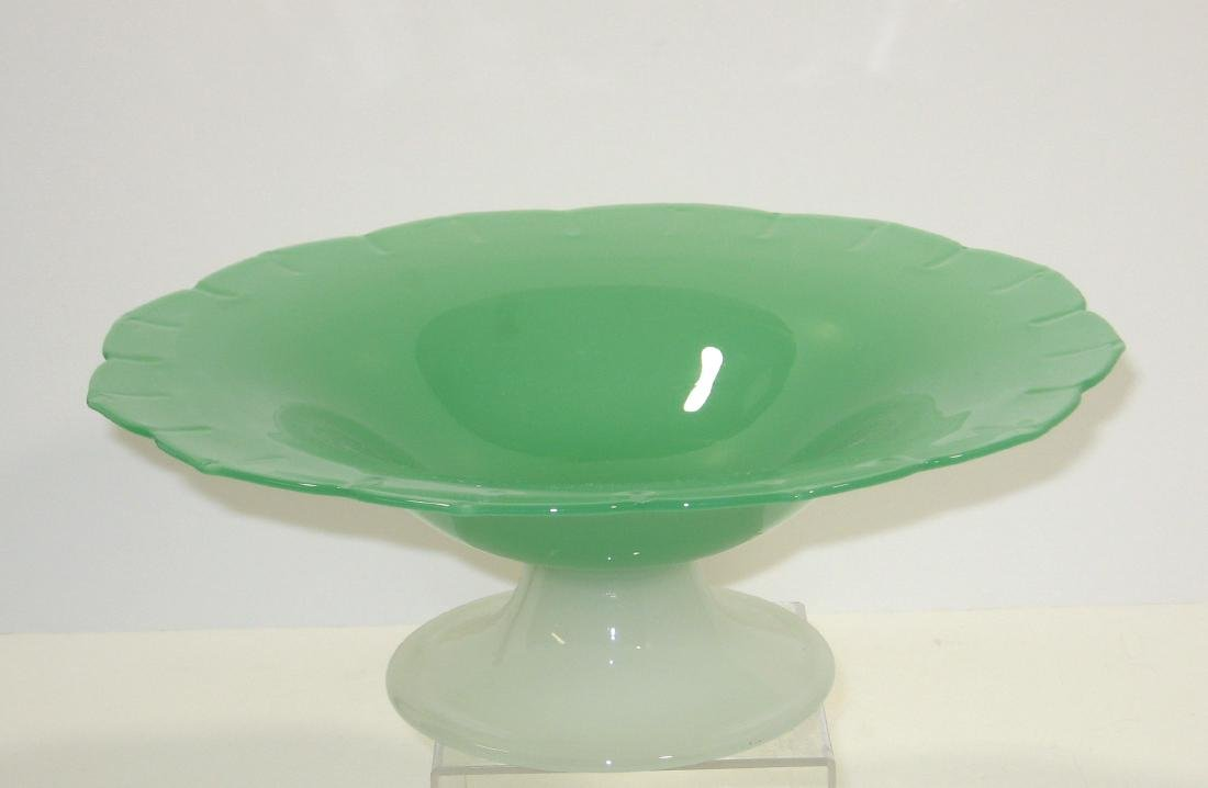 Steuben green jade center bowl