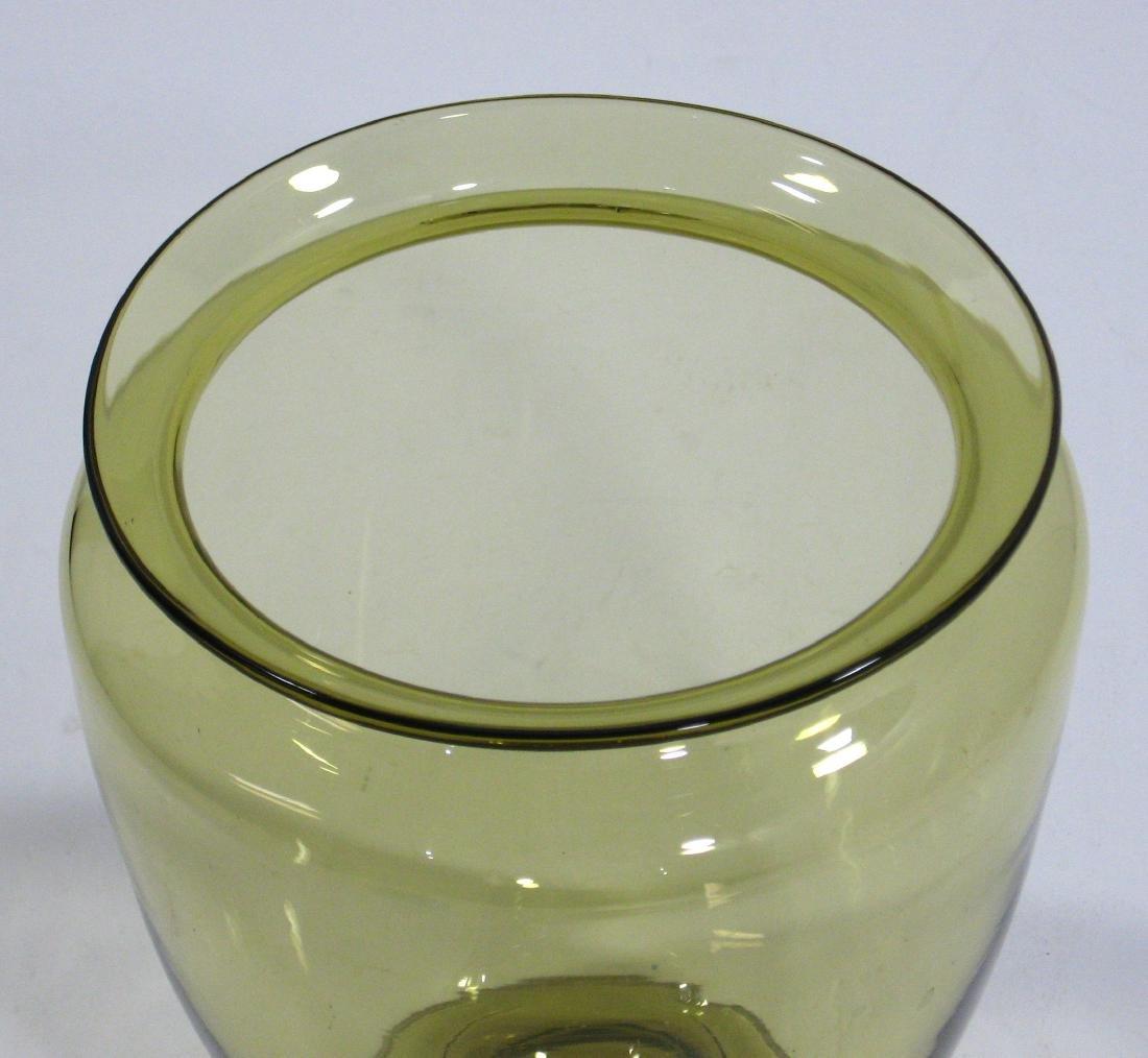 Steuben amber shouldered glass vase. - 2