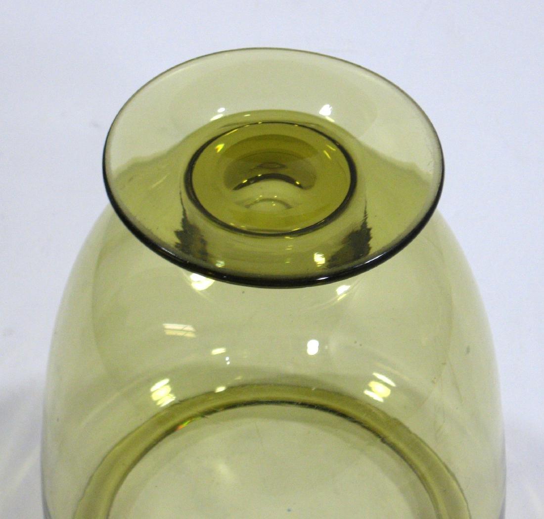 Steuben amber shouldered glass vase. - 3
