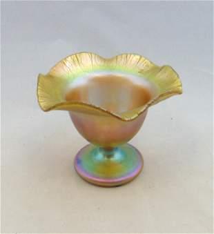 Quezal flower form glass vase
