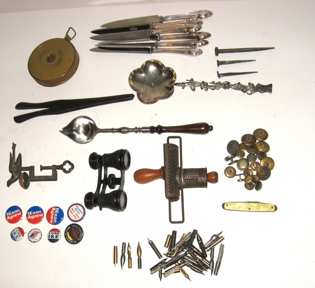 168: Group of eclectic items,