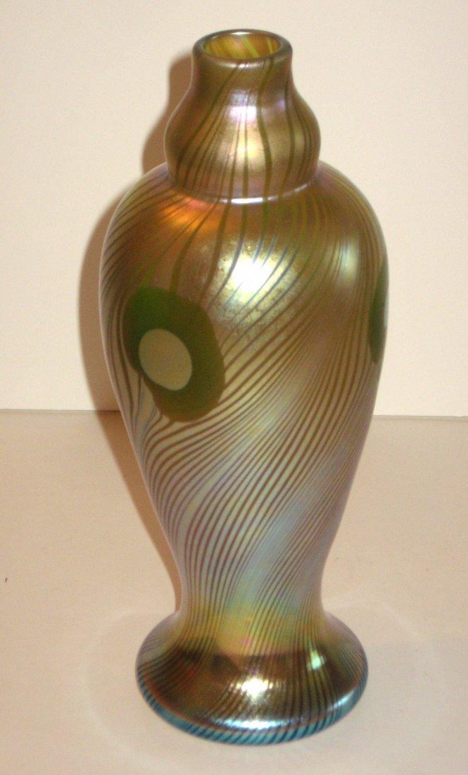 409: Steuben gold Aurene peacock eye vase,