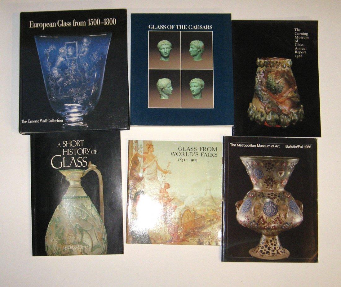 6 books/catalogs on glass,