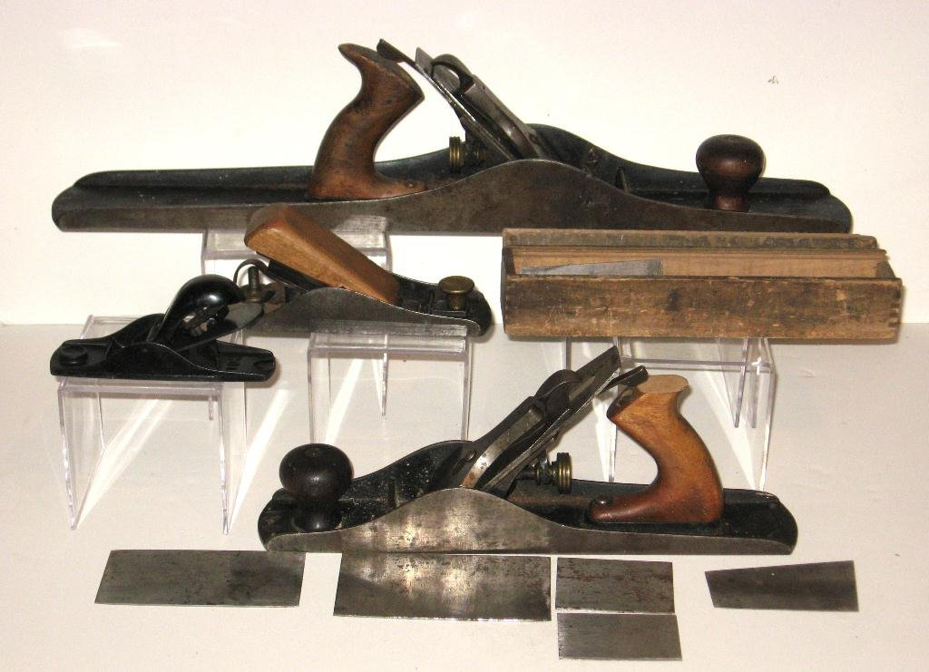 Group of Four old Stanley planes and blades,