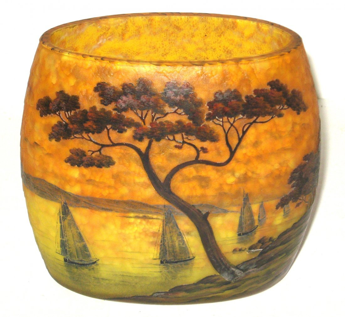 Daum Nancy scenic French cameo vase,