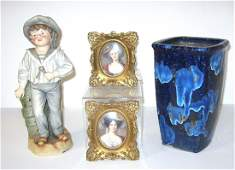 Group of decorative items,
