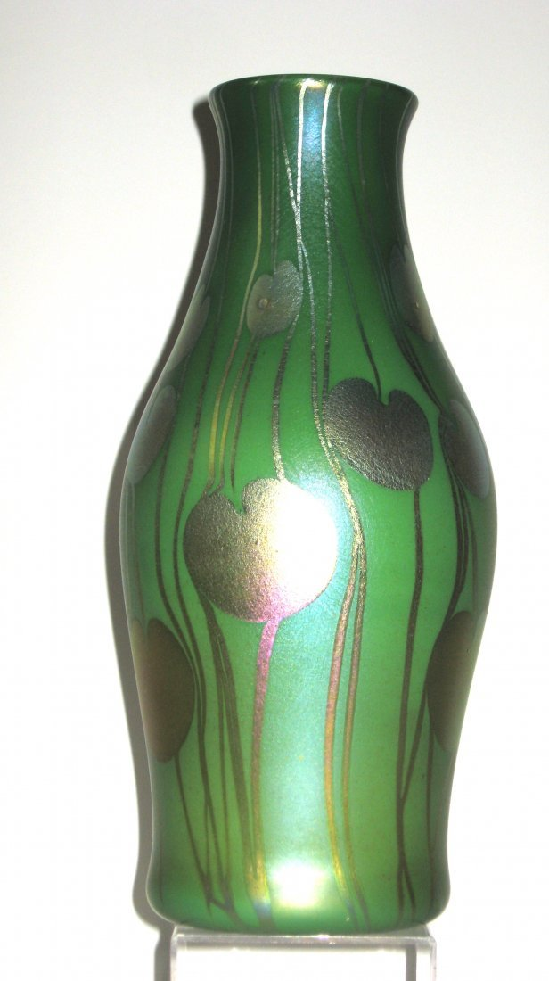 Monumental Tiffany Corona glass vase, - 5