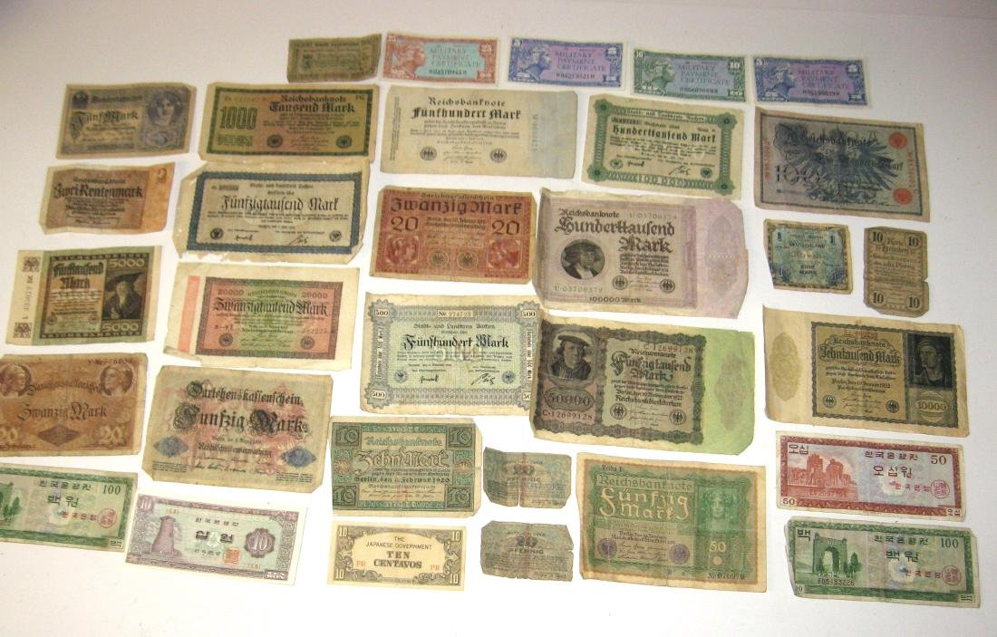 Group of foreign currency,
