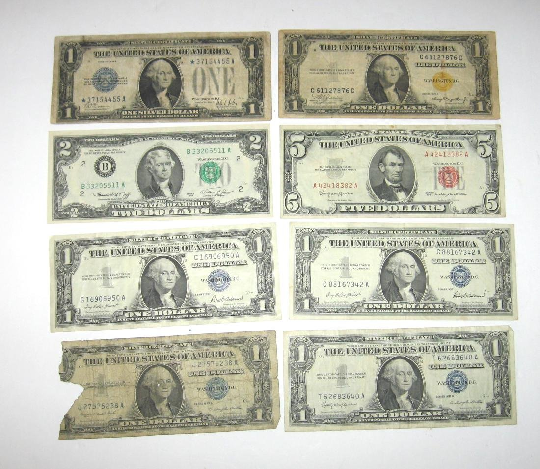 Group of US paper money,