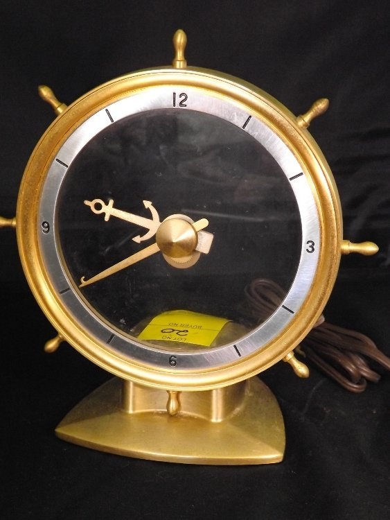 20: Jefferson Golden Helm Electric Clock
