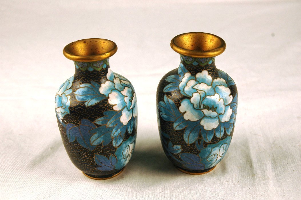 22: Chinese Pair Cloisonne Vases