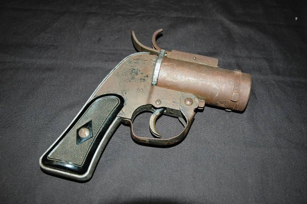 17: Flare Gun