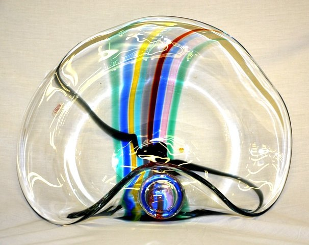 ART GLASS OGGETII SIGNED LARGE CENTERPIECE