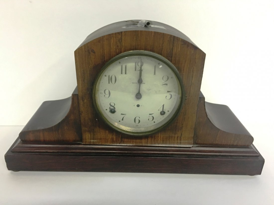 SETH THOMAS MANTLE CLOCK WITH KEY