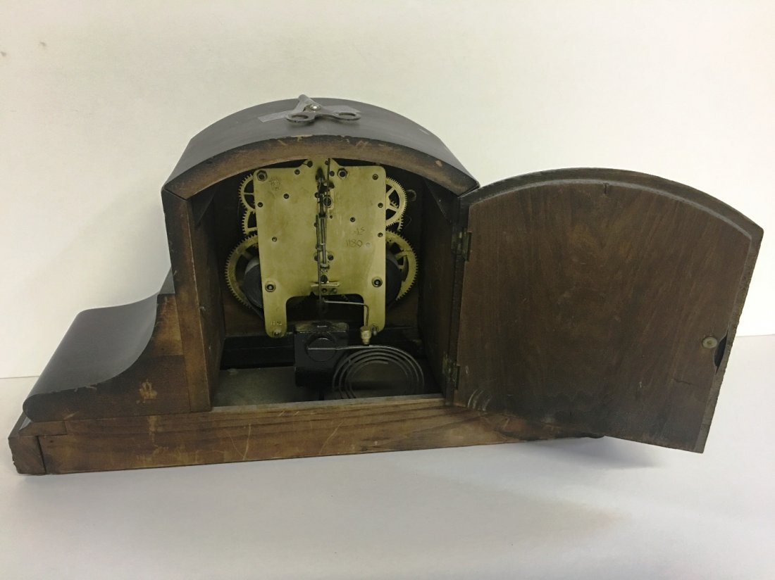 SETH THOMAS MANTLE CLOCK WITH KEY - 2