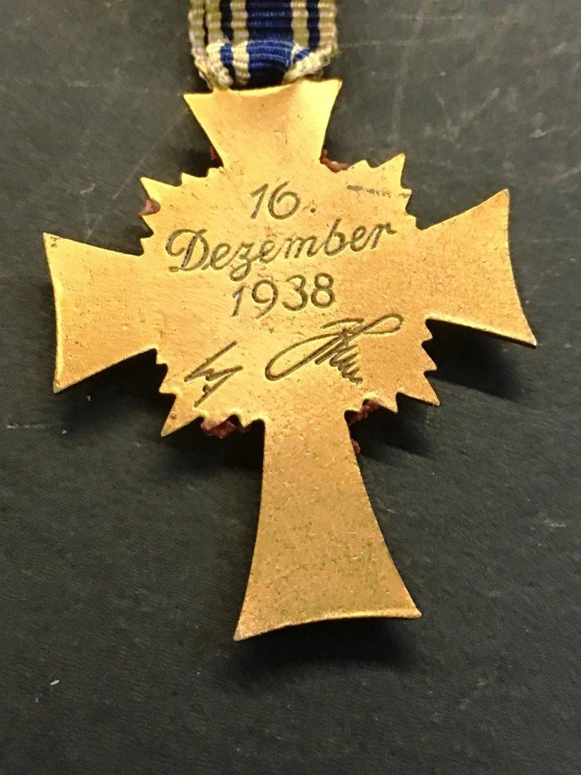CROSS OF HONOR OF THE GERMAN MOTHER - 2