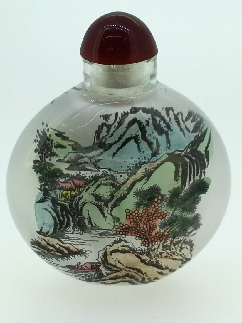 REVERSE PAINTED OVATE SNUFF BOTTLE