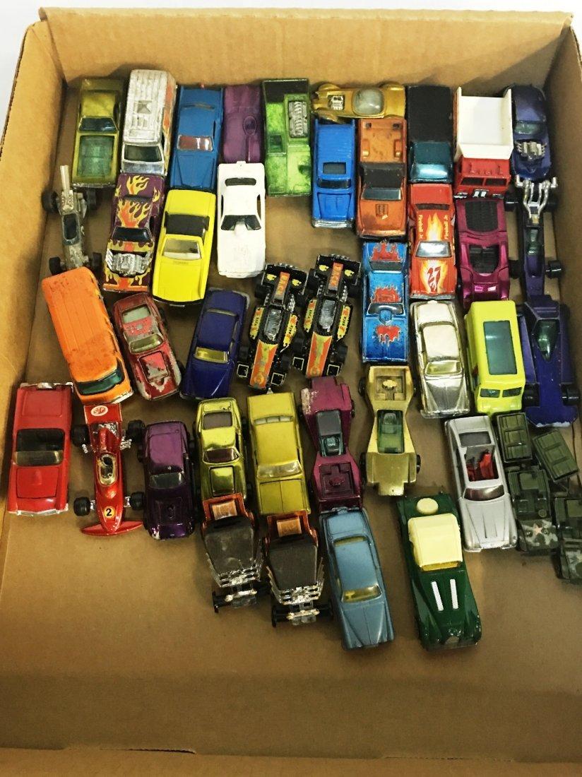 41 VINTAGE METAL TOY CARS