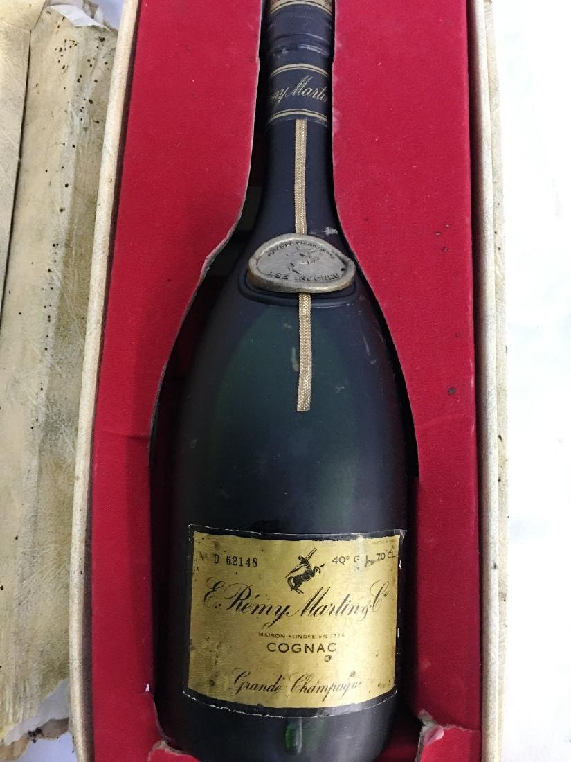 REMY MARTIN GRADE CHAMPAGNE AGE ICONNU CONGAC, COINS