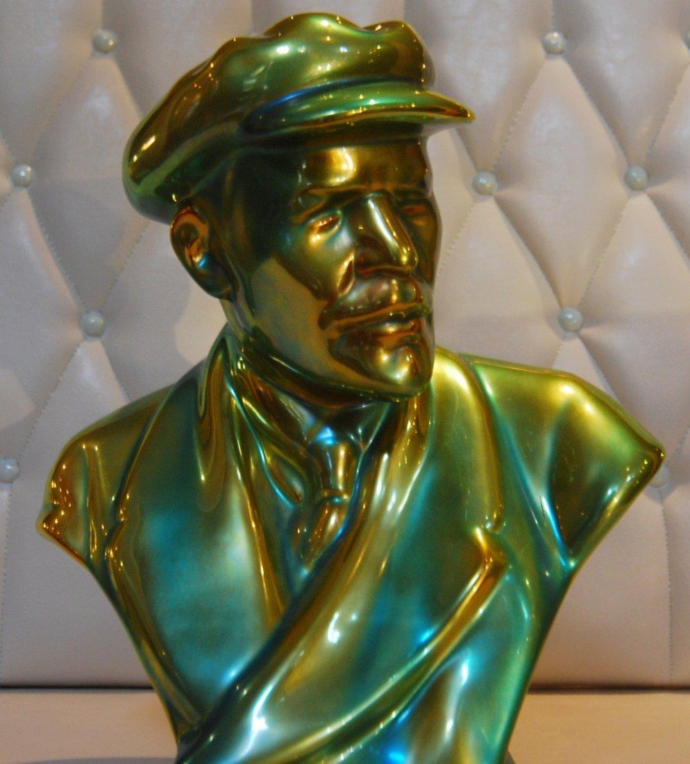 2: Zsolnay Lenin busts