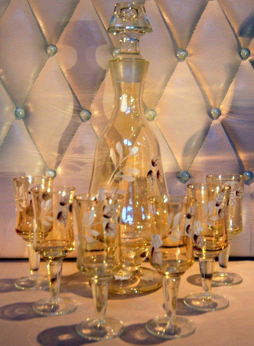 16: French liquor set