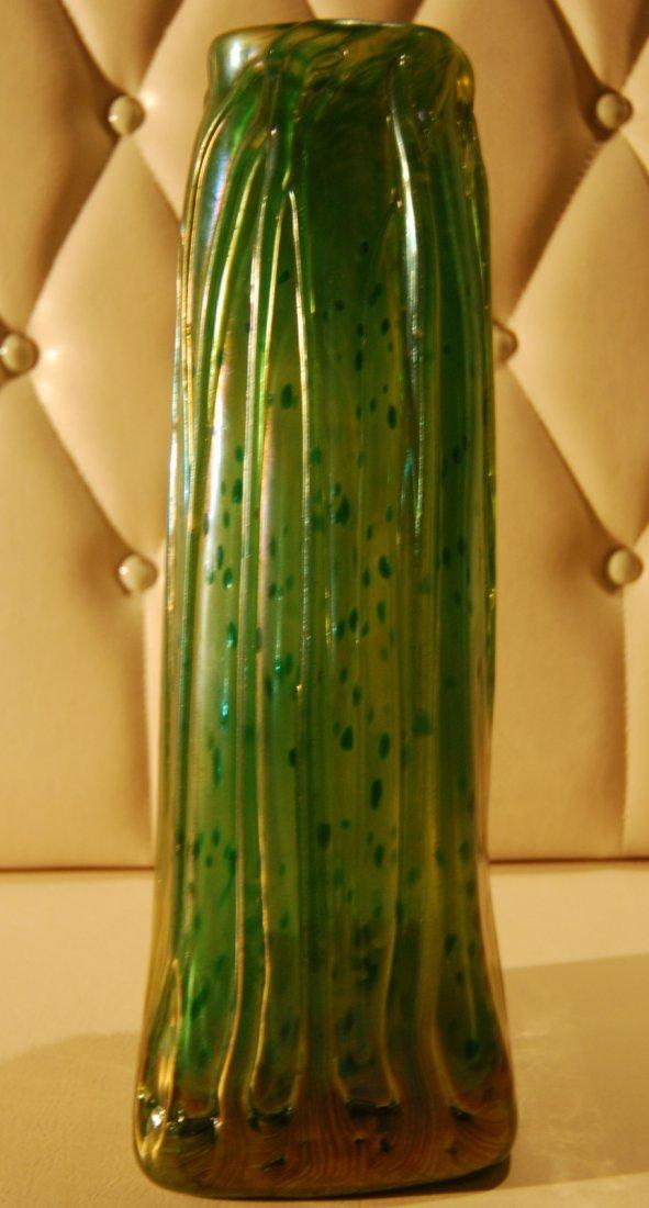 21: Art Nouveau Vase