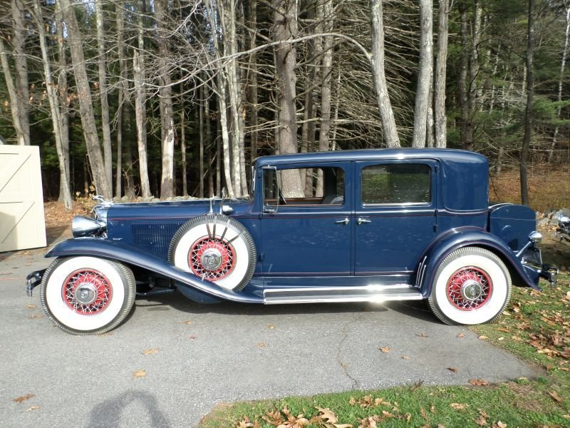 1931 Chrysler CG Imperial LeBaron Club Sedan