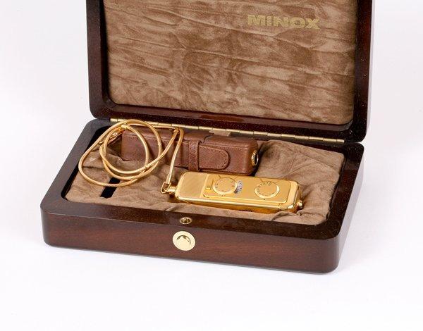 10: Minox AX Nr. AX-II-008 Walter Zapp Limited Edition