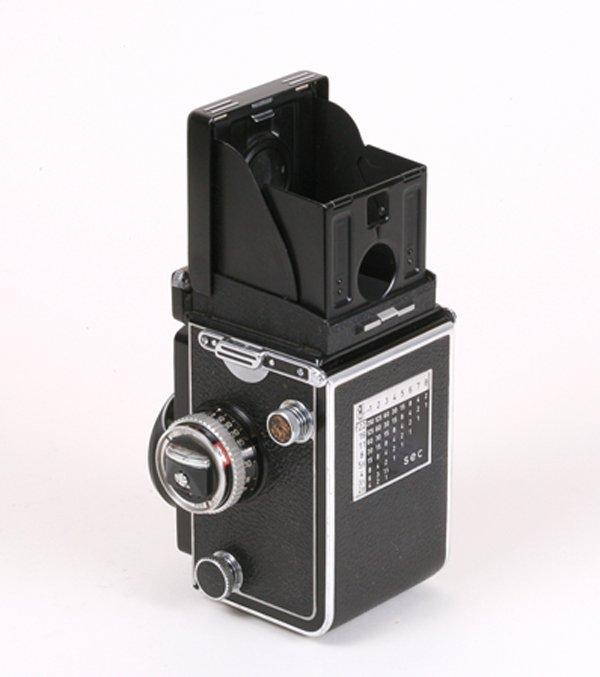 27: Rolleiflex 3.5E Planar Nr. 1780876 with case. - 2