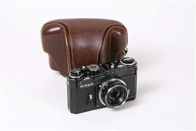 547: Nikon SP Nr. 6212198 Black with 28mm Nikkor f3,5.