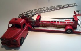 Structo Toys Hydraulic Hook and Ladder Truck