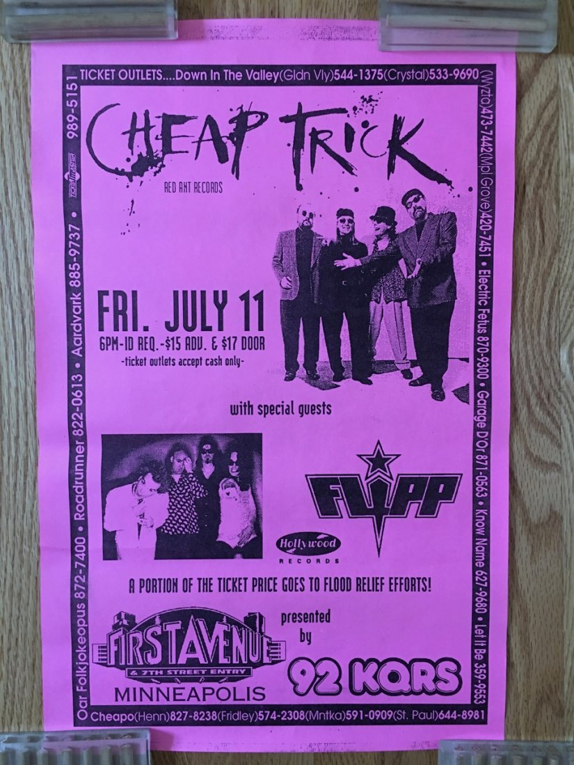 CHEAP TRICK AT 1ST AVE - MINNEAPOLIS
