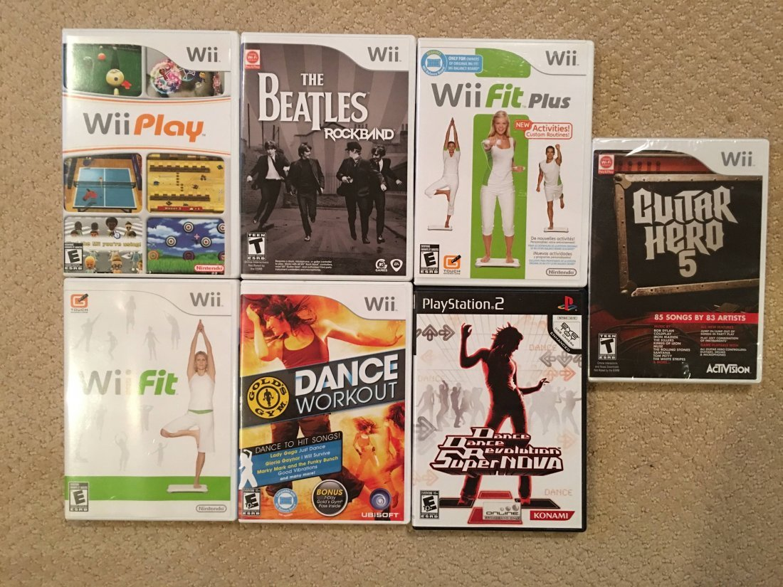 SEVEN Wii GAMES !  Guitar Hero - Beatles Rock Band