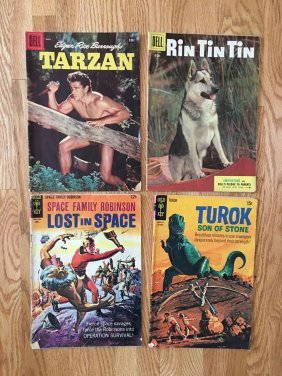 COLLECTION LOT OF 4 COMICS