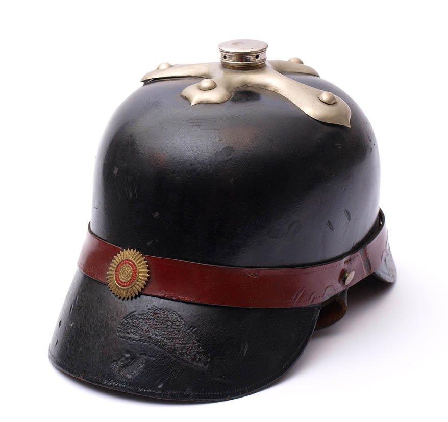 11: Feuerwehrhelm, Baden, um 1900