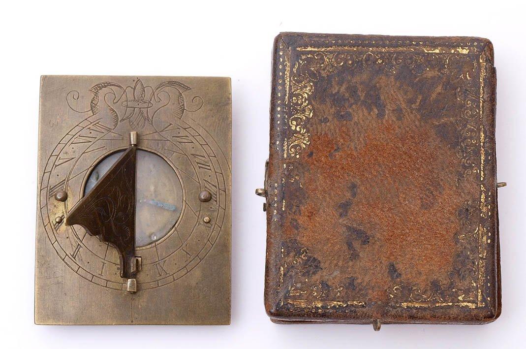 12: Taschen-Sonnenuhr mit Kompass, 18.Jhdt.