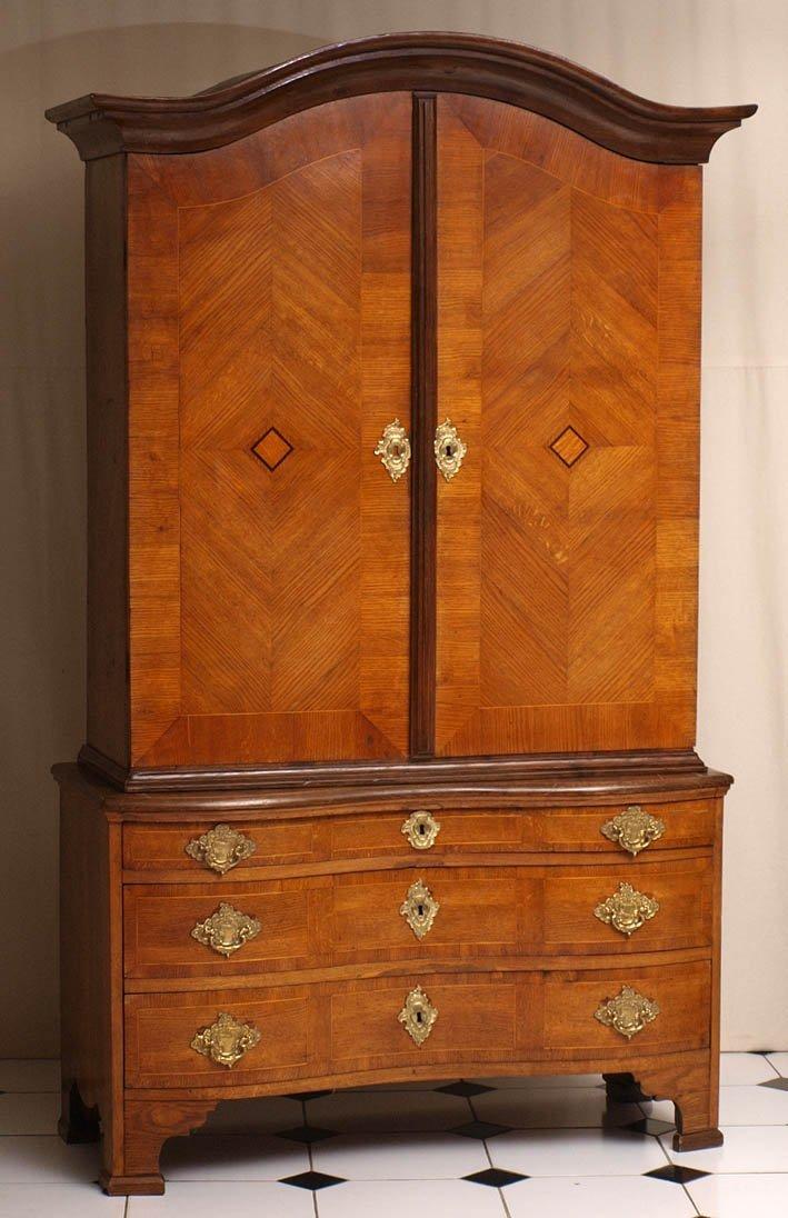 811: Aufsatzmöbel, norddeutsch, um 1750