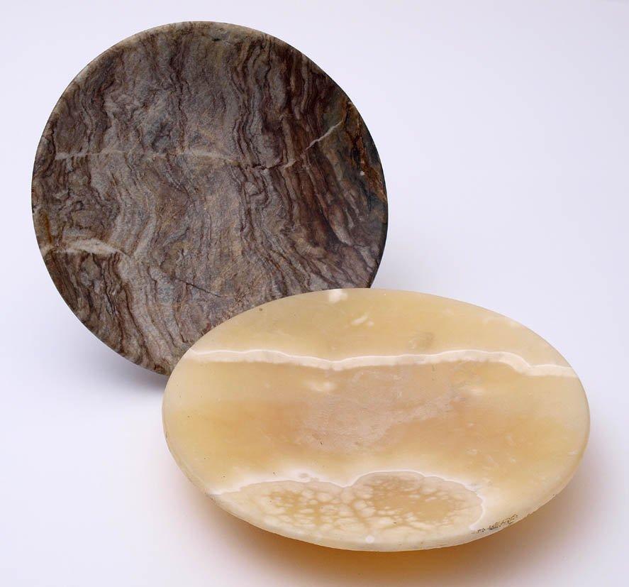 Zwei Steinschalen