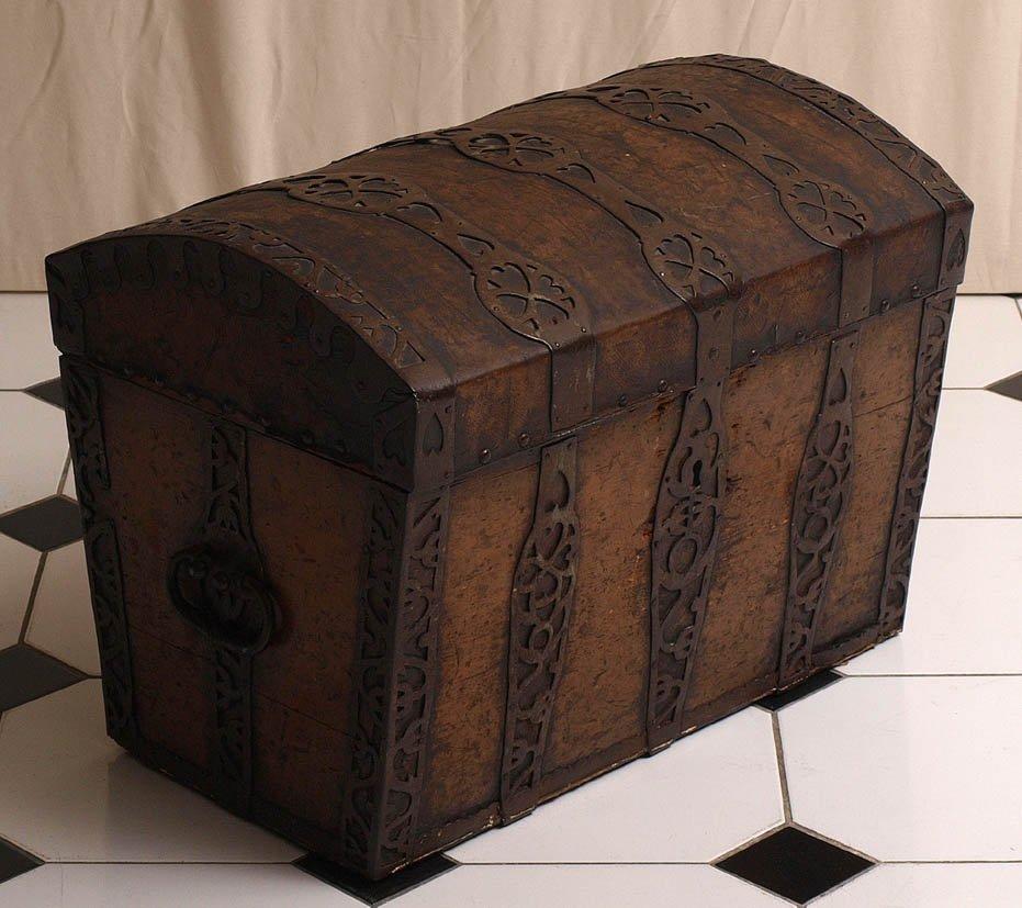 Reisetruhe, um 1730