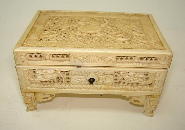 10: Beautiful Chinese Ivory Carved Dragon Casket ca1890