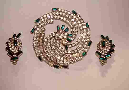 Stunning Hobe Faux Diamond Brooch & Earring Set