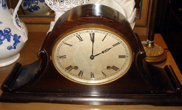 221: Gilbert 1807 Art Deco Striking Mantle Clock