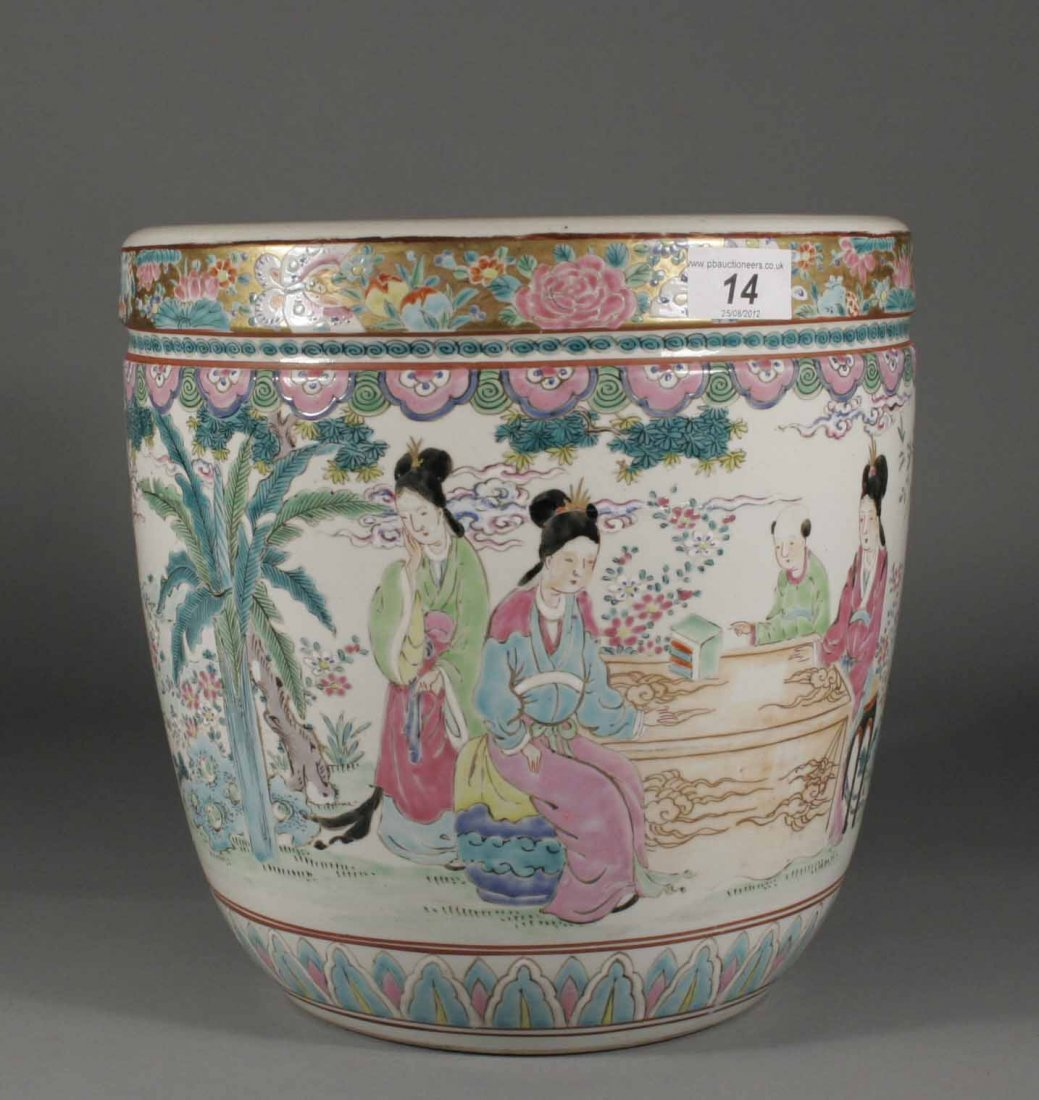 14: A nineteenth century Chinese famille rose jardinier