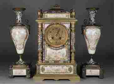 558: A fine nineteenth century French gilt bronze clock
