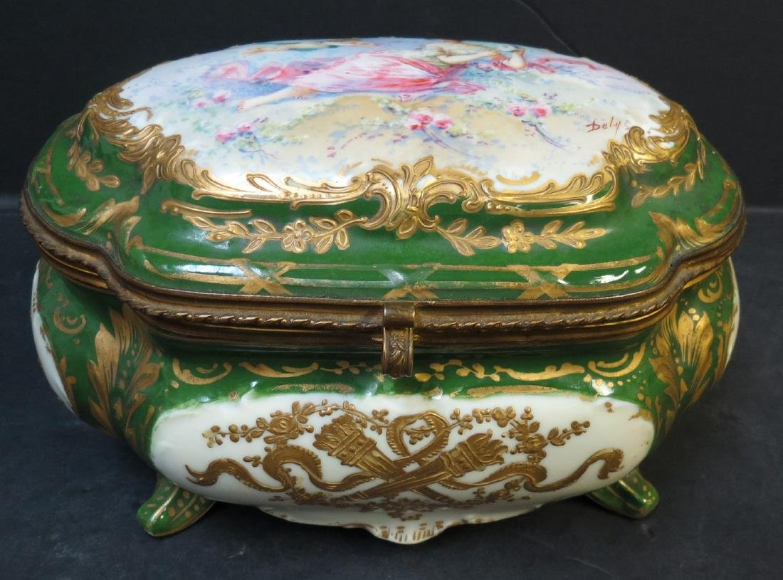 Sevres jewelry box France 1920 Authentic - Excellent