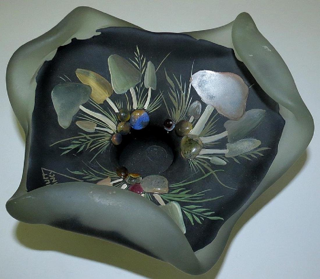 "Daum Nancy Glass centerpiece Diam: 9"" - 3"