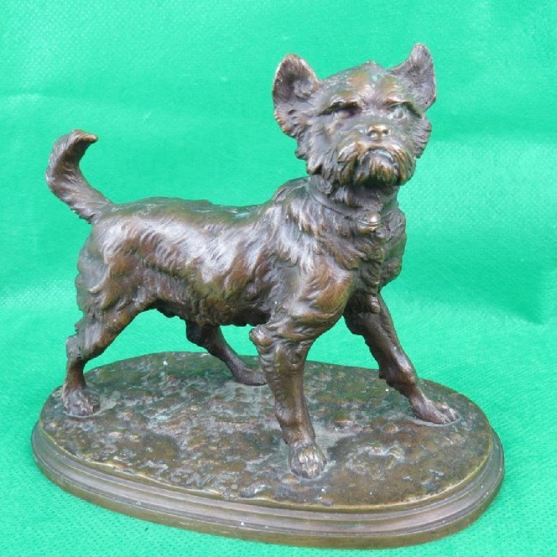 Bronze by P.J.Menne, Dog.